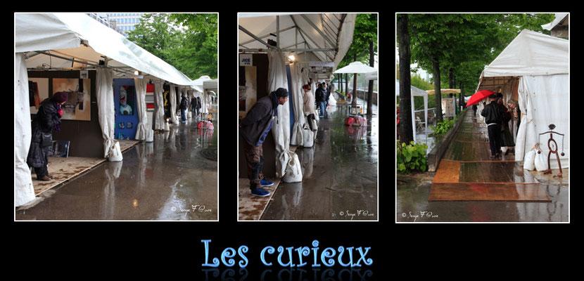 """""""Les curieux"""" Paris Bastille - Avril 2012"""