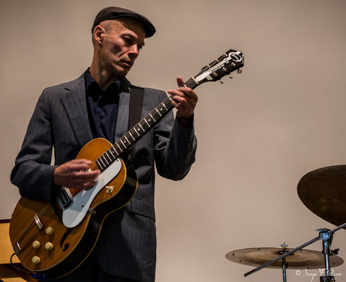 """Pascal Fouquet (guitare) - """"The Hotdoggers"""" - Sancy Snow Jazz 2016 - Murat le Quaire - Auvergne - France"""