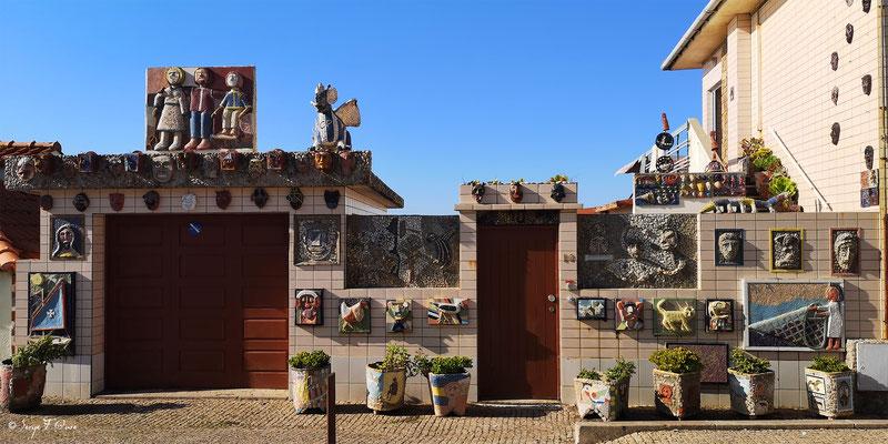 Façades et vitrines - Portugal - Sur le chemin de Compostelle - par Serge Faure