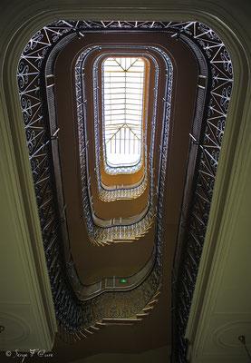 Escalier du Médicis Palace à La Bourboule - Auvergne - France
