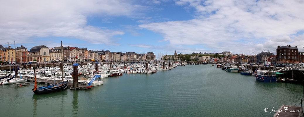 Port de Dieppe - Haute Normandie - France - Juin 2012 - Vue panoramique