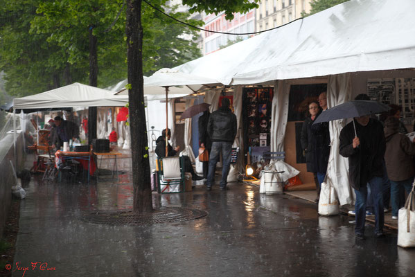 """""""Trombes d'eau"""" Paris Bastille (Avril 2012)"""