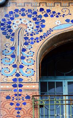 Détail des mosaïques de la Maison Rozier (Boulangerie-Pâtisserie) - La Bourboule - Auvergne - France