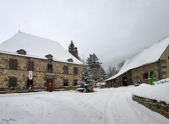 Mairie et du Scénomusée de la Toinette et Julien  - Murat Le Quaire - Massif du Sancy - Auvergne - France