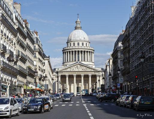 Le Panthéon - rue Soufflot - Paris - France - 2011