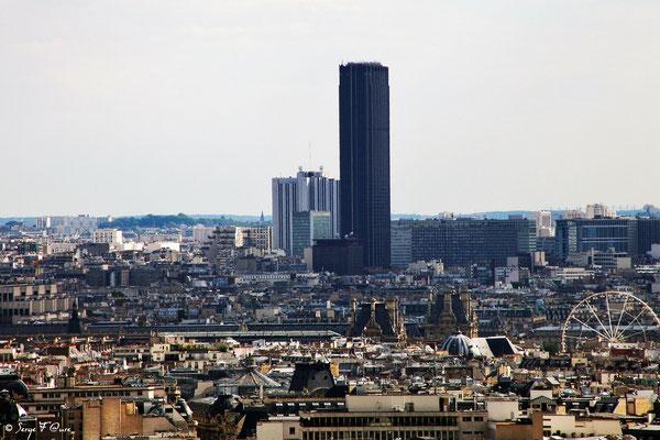 La Tour Montparnasse vue de Montmartre - Paris - France - 2010