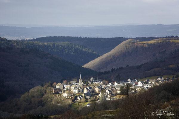 St Sauves d'Auvergne - Massif du Sancy - Auvergne - France