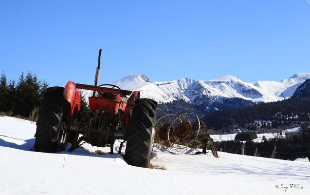 Chez Ramade - le Mont Dore du chemin de Légal - Massif du Sancy - Auvergne - France