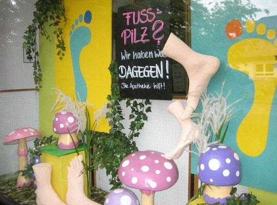 Dekorative Gestaltung zum Thema Fußpilz