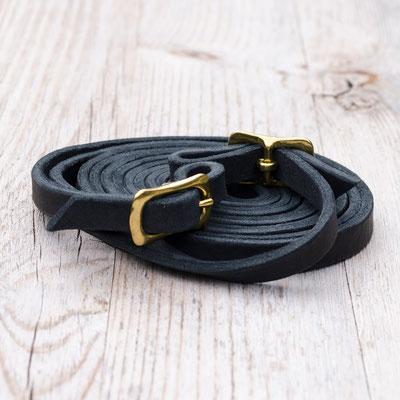 #4 Fettlederzügel in schwarz, Riemebreite ca. 13 mm, Länge ca 2,80 m, Schnallen in Messing oder silberfarben (bitte bei Bestellung angeben) - 35,00 Euro zzgl. Versand