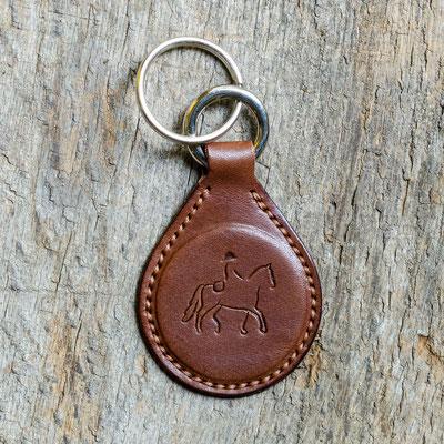 #8 Lederfarbe dunkelbraun, Schlüsselringe silberfarben, Garnfarbe colonial tan - Preis: 19,00 Euro zzgl. 6,00 Euro Versand