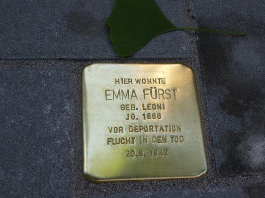 Kriegsstraße 97, Emma Fürst