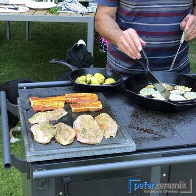 Kochen , Backen und Grillen im Freien - grosses Sortiment bei peterkeramik in Hünibach