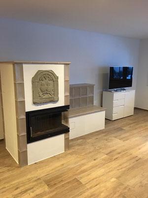 Kachelspeicherofen-neu-gebaut-mit-Sandstein