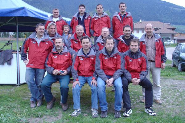 Die Mannschaft der Drachenflieger Pfalzen