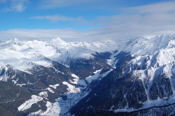 Zillertaler Alpen und Pretau im Ahrntal  am, 4. Jänner 2009