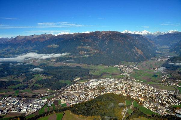 Vom Kronplatz aus Richtung Bruneck u. Zillertaler Berge