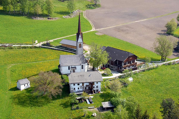 Kirche Haselried bei Issing