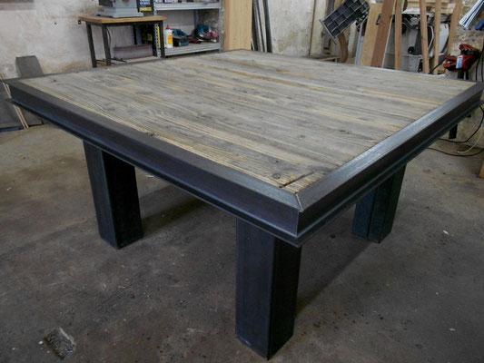 meubles industriels metalik bois meubles industriel dans la r gion de bordeaux. Black Bedroom Furniture Sets. Home Design Ideas