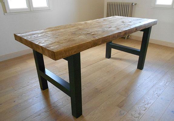 Tables hautes metalik bois meubles industriel dans la - Meuble industriel bordeaux ...