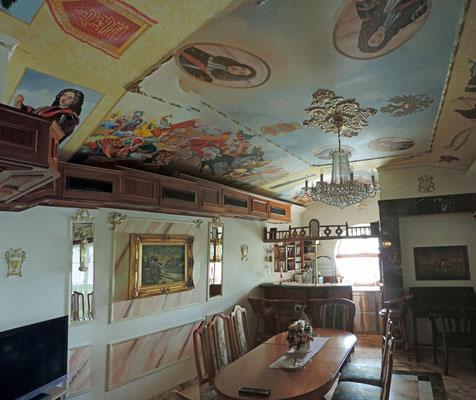 Aufwändige Deckenmalerei in der Prinz Eugen Suite