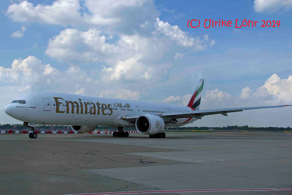 A6-EBY Emirates Boeing 777-36N(ER)