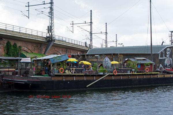 Restaurantschiff auf der Spree