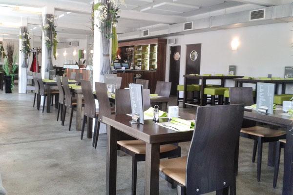 Der Gastraum des Restaurants auf dem Spargelhof Kuhlendahl