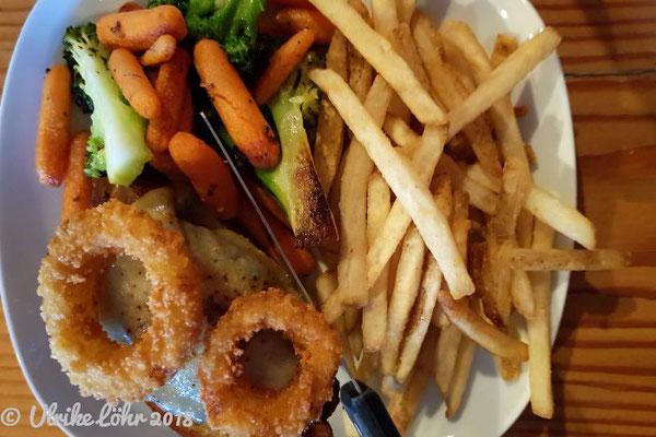The Bears Den Burger Bar in Golden