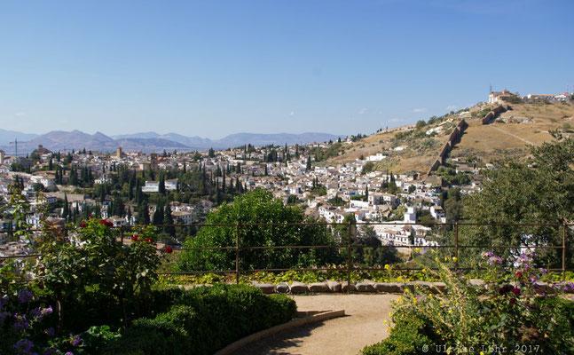 Ausblick vom Generalife der Alhambra