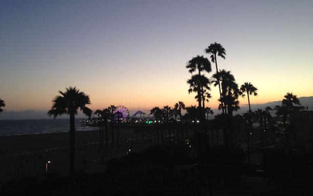 Santa Monica Pier bei Sonnenuntergang (Foto NP)