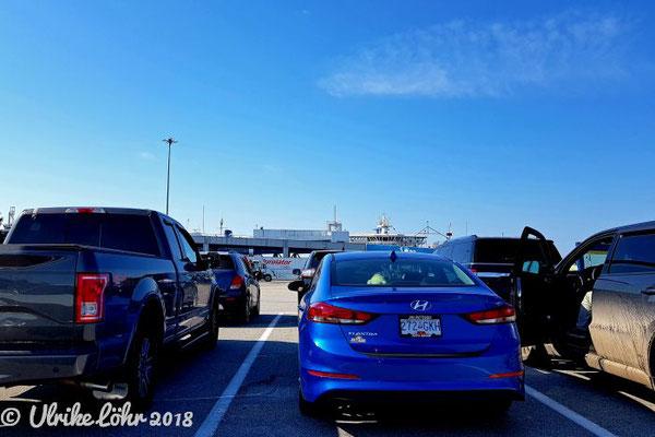 BC Ferries Warten am Terminal