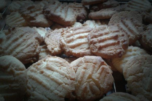 Cookies auf dem Abkühlgitter