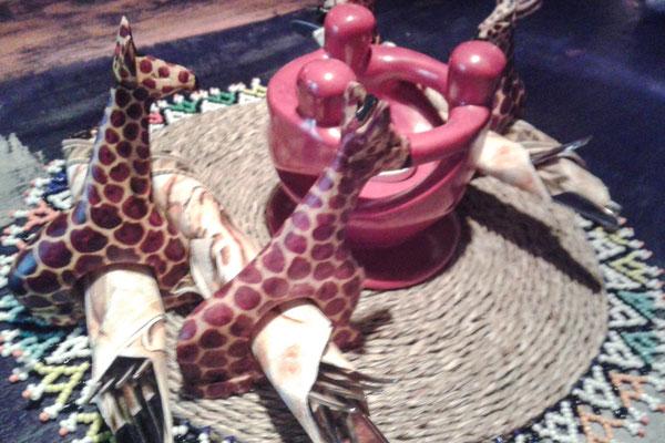 Giraffen als Serviettenringe