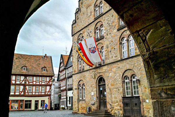 Blick vom Rathaus auf das Weinhaus