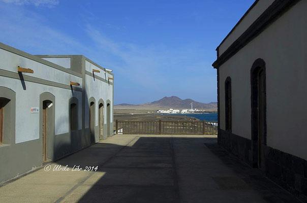 Blick vom Leuchtturm Punta Jandia nach Puertito