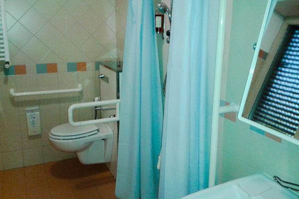 Zimmer 52 in der Villa Maria - barrierefreies Bad