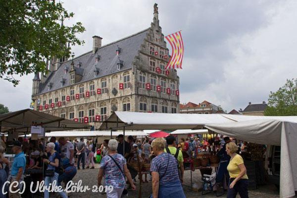 Gouda - Stadhuis und Marktplatz