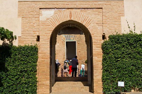 Eingang zum Generalife der Alhambra