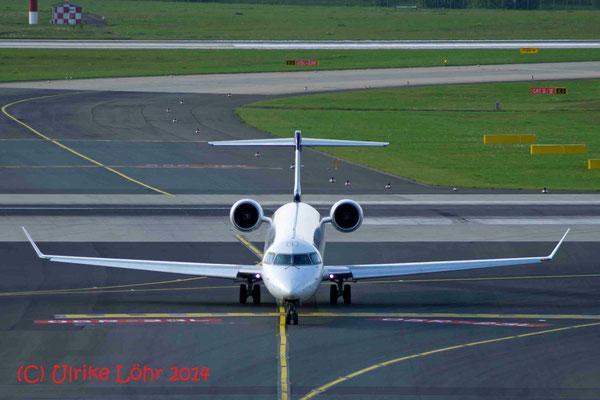"""D-ACNB Eurowings Canadair CL-600-2D24 Regional Jet CRJ-900LR """"Wermelskirchen"""""""