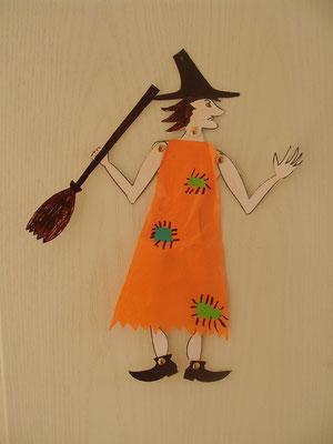 sorcière articulée d'Halloween