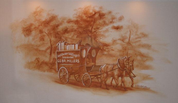 Ein Kutscher transportiert Waren der Fa. Gebr. Hillers.