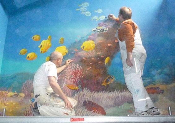 Ausarbeitung der Details der Meereswelt.