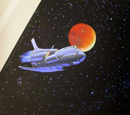 Kinderzimmer Wandbemalung mit Raumschiff und Stern