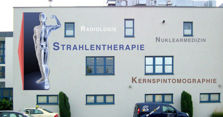 Fassadengestaltung für eine Klinik für Strahlentherapie.