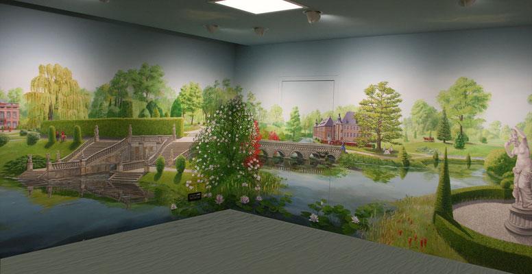 Komplettansicht der rechten Hälfte der Wandmalerei mit Barockgarten und Schloss.