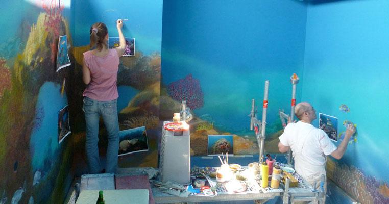 Unser Wandmaler-Team bei der Arbeit.
