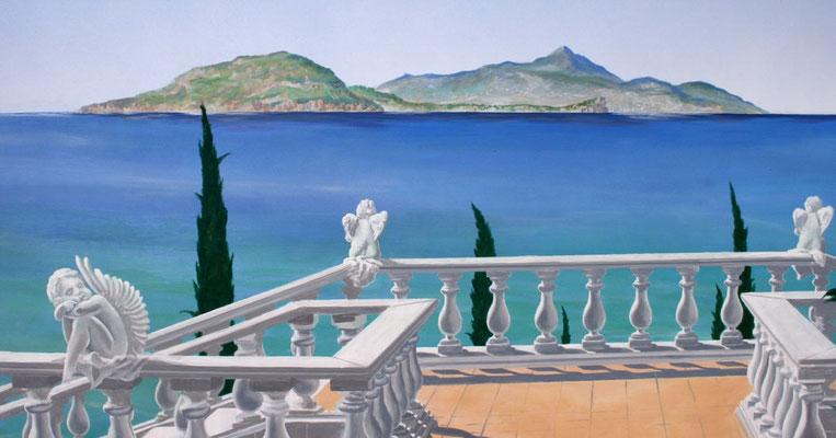 Detailansicht der Balustrade und der Insel Ischia im Hintergrund
