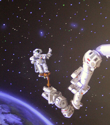 Kinderzimmer Wandbemalung Astronaut bei Schwarzlicht