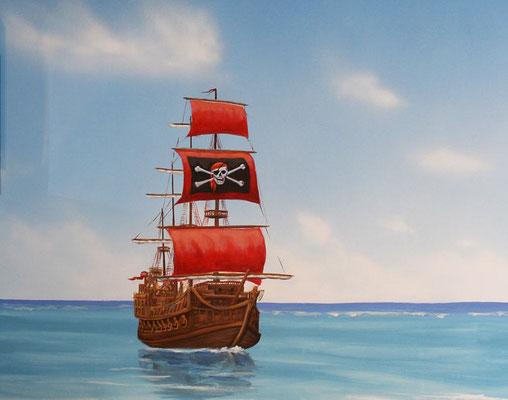 Detail aus dem Wandbild. Ein Piratenschiff steuert auf die Pirateninsel zu